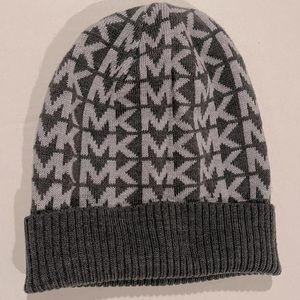 Michael Kors gray hat
